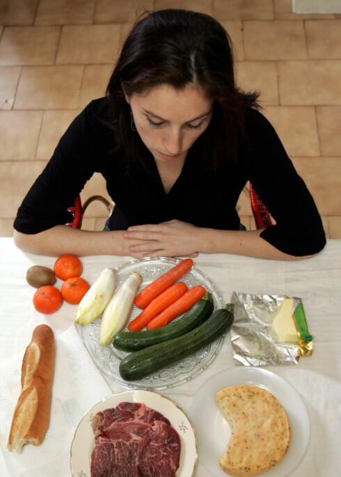 Valgets kvaler? Du kan spise hva du vil, så lenge det får plass  i håndflaten, mener ekspert.    Foto: Foto: colourbox.com