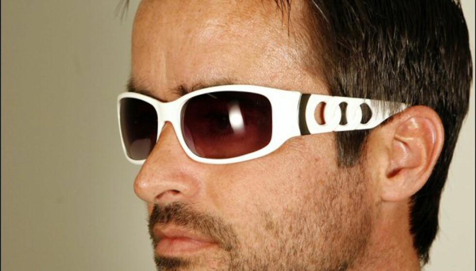 Disse brillene sender sterke assosiasjoner tilbake til 90-tallet - og er ikke helt ulike flere av brillene fra Diesel. Pris: 69,50 kroner på Lindex. Foto: Per Ervland Foto: Per Ervland