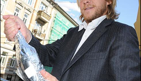 """Geir Hagbarth Andresen kan fortelle at en god champagne ofte skiller seg fra andre musserende med rikelig av friske og små bobler, samt en """"nøttete"""" ettersmak."""