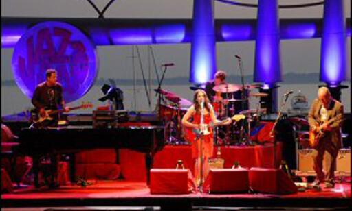 I fjor sjarmerte Norah Jones publikum i sommerkvelden. Foto: Brynjulf Blix