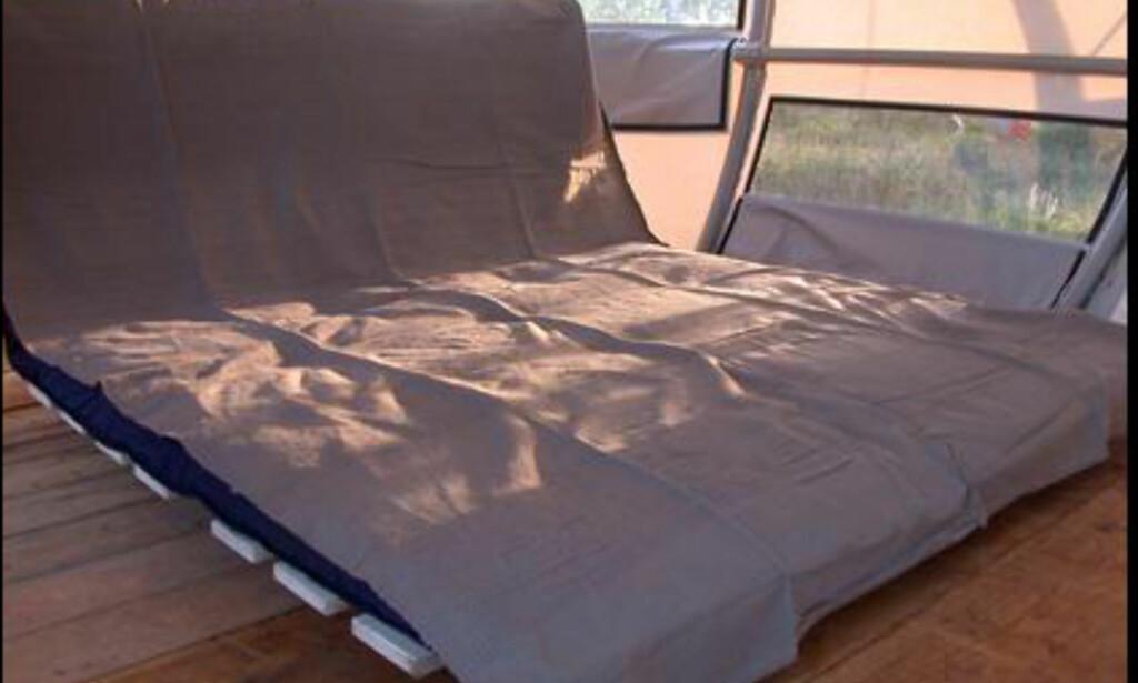 Slik kan du sove i teltlandsbyen.