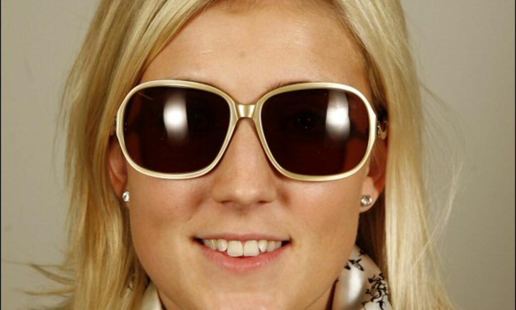 Glamorøse Bruuns Bazar-briller til 1.295 kroner på Synsam.  Foto: Per Ervland