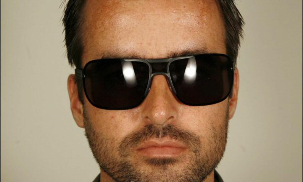 Det norske firmaet We Never Sleep som står bak brillene til Bruuns Bazaar designer også for Kari Traa. Disse Bruuns Bazaar-brillene koster 1.395 kroner på Synsam.  Foto: Per Ervland
