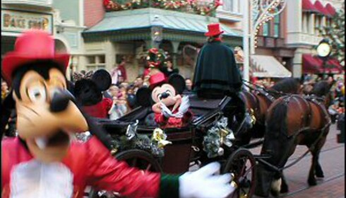 Disneyland er like populær hele året. Foto: Dave Cheetham