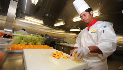 Hver dag serveres det 12.000 desserter. Hver uke spises 18.000 pizzabiter...