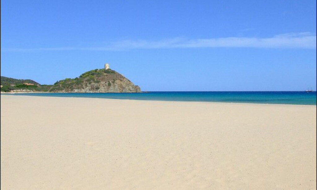 Den som har mulighet burde forte seg til Sardinia. Foto: www.photito.com