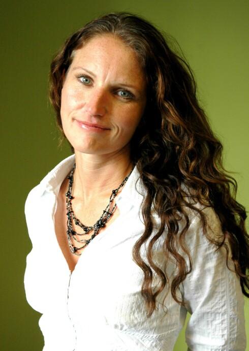Gunn Helene Arsky er aktuell med boka Kostskolen.