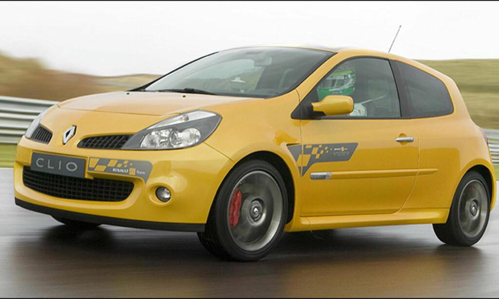 Niendeplass: Renault Clio F1 Team R27 (31)