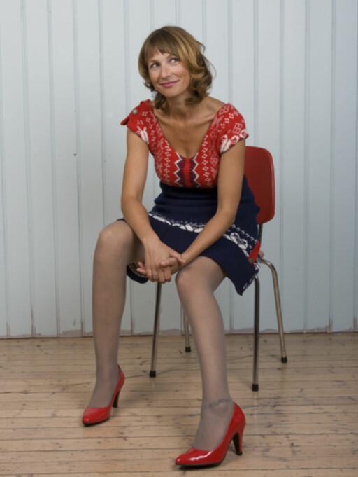 ...en original og lekker kjole. Begge foto: Sandra Aslaksen. Foto: Foto: Sandra Aslaksen