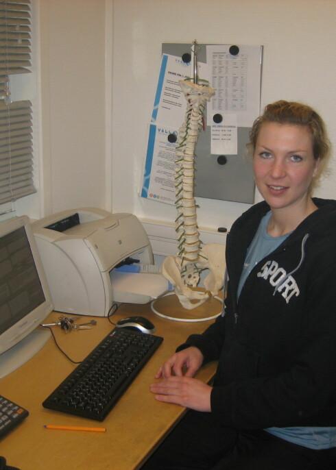 Muskel- og skjelettplager kan vi hjelpe å forebygge, sier fysioterapeut Sophie Steenstrup. Foto: Astrid Mannion Foto: Foto: Astrid Mannion