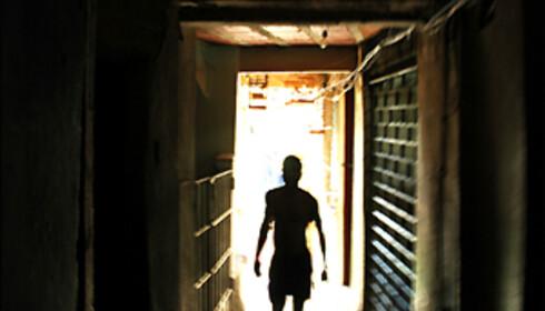 Favelanes trange smug er ikke et sted en turist bør gå på egenhånd, selv om det visstnok skal være tryggere her enn på gaten, ifølge guiden Fredinan. Foto: Hans Kristian Krogh-Hanssen