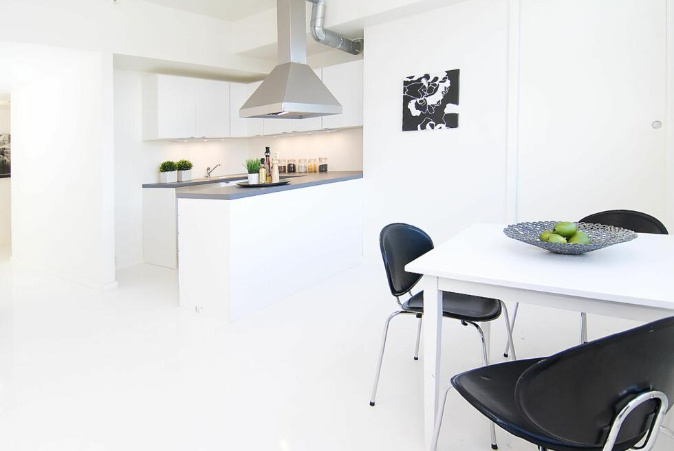 Kjøkkenet stylet av Kreativ Bolig AS. Foto: Foto: Garanti Eiendomsmegling