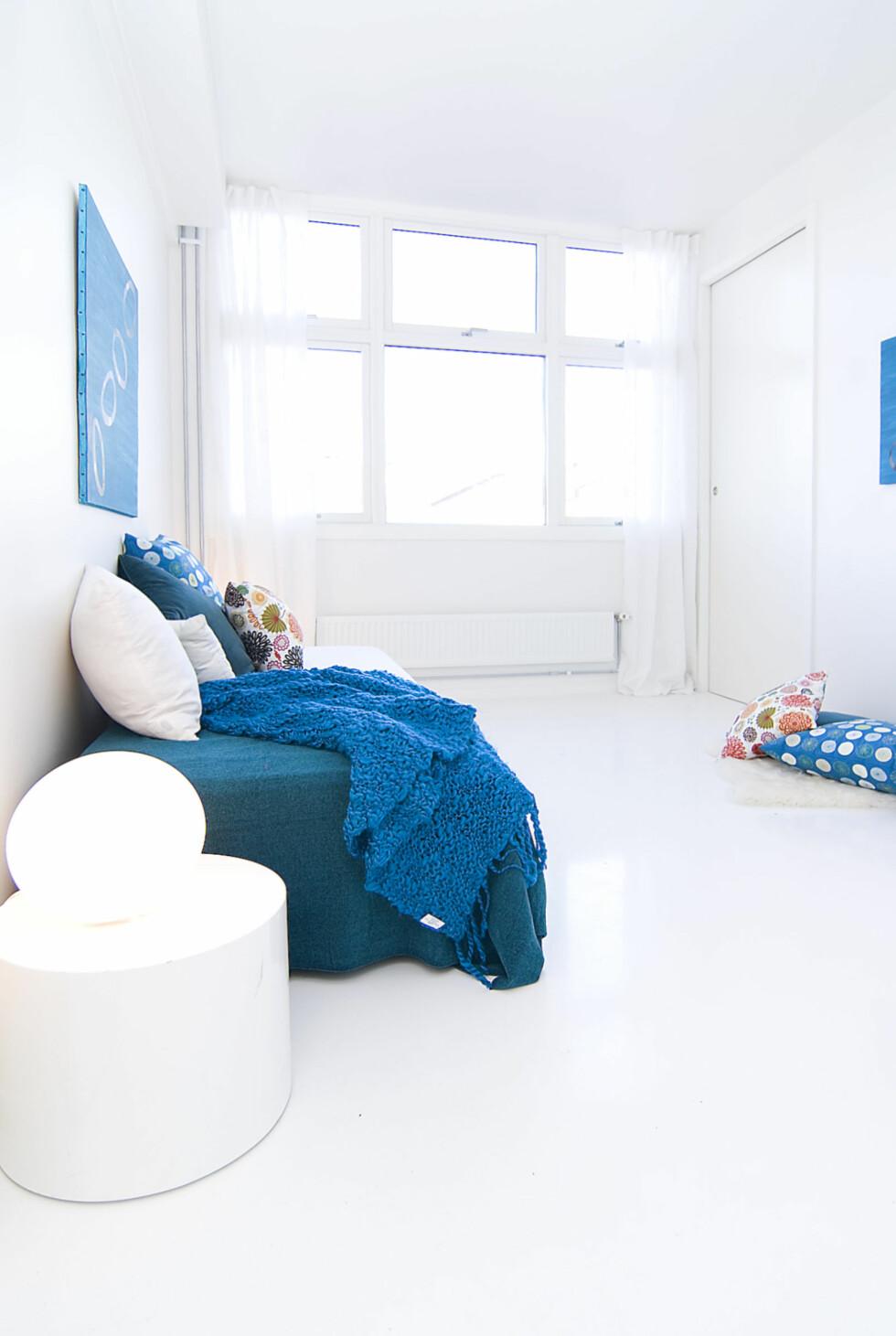 Et annet soverom fra leiligheten stylet av Kreativ Bolig AS. Foto: Foto: Garanti Eiendomsmegling
