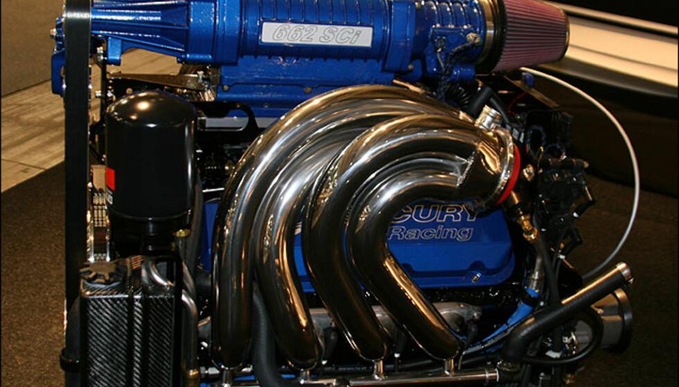 EU-motor fra Mercruiser med kompressor. 662 hestekrefter.