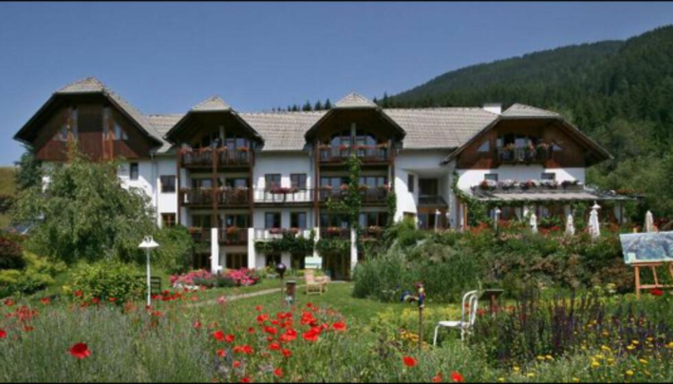 Mandler's Landhaus ligger i landsbyen Irschen, som har fått tilnavnet urtelandsbyen på grunn av den rike urteforekomsten i området.  Foto: Mandler's Landhaus
