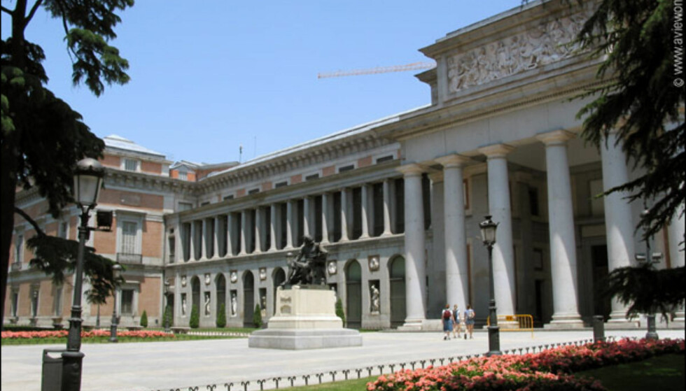 Her finnes en av de største samlingene i verden. Museet er kjent for sin store samling av spanske kunstnere: Goya, Velasquez, Murillo og El Greco.  På nett: museoprado.mcu.es  Foto: www.aviewoncities.com