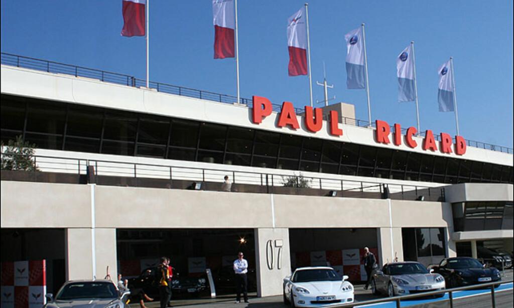Circuit Paul Ricard i Castellet i sør-Frankrike er en ultramoderne formel-1-testbane. Blant Formel-1-seierherrer her finner man Jackie Stewart, Ronnie Peterson, Niki Lauda, Alain Prost, Nigel Mansell...<br /> <br /> I dag er banen en høyteknologisk testbane.