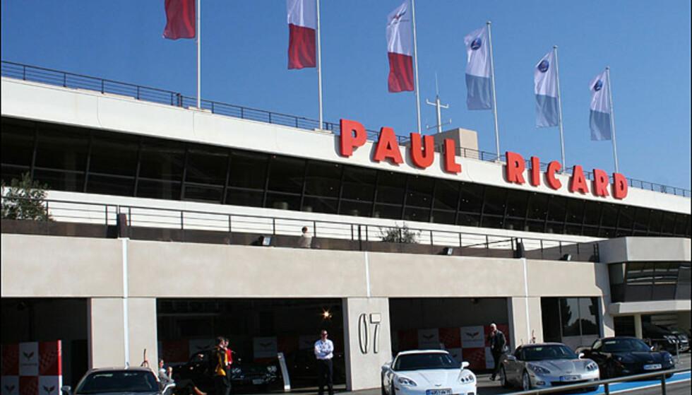 Circuit Paul Ricard i Castellet i sør-Frankrike er en ultramoderne formel-1-testbane. Blant Formel-1-seierherrer her finner man Jackie Stewart, Ronnie Peterson, Niki Lauda, Alain Prost, Nigel Mansell...  I dag er banen en høyteknologisk testbane.