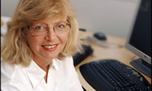 Agnes Bergo, daglig leder i Pengedoktoren, mener folk blir lurt av bankenes selgere. Foto: Per Ervland