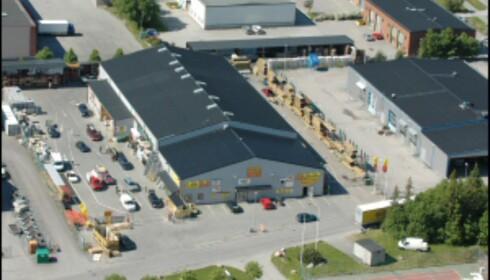Tomten bør være fra 8.000–10.000 kvm. Her fra Byggmax i Täby i Sverige. Foto: Byggmax Foto: Byggmax