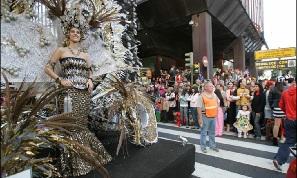 Fra gateparade. Foto: www.lpacarnaval.com