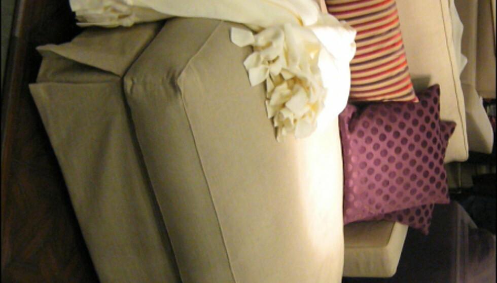 """På messen fant vi også denne sofaen fra Wendelbo, som vel må sies å være """"inspirert"""" av daybeden til Hennie Interiors for Slettvoll? Foto: Elisabeth Dalseg Foto: Elisabeth Dalseg"""