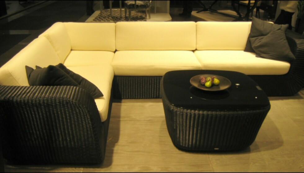 Mykere former fant vi også på utemøblene; Her fra Cane-Line. Foto: Elisabeth Dalseg Foto: Elisabeth Dalseg