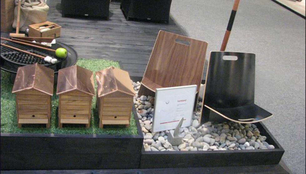 Nyheter fra Trip Trap. Til høyre i bildet ses produktet som vant vårens Formland Design Award, strandstolen Lean. Til venstre: Ja, du tenker nok et søtt lite fuglebur til hagen - men nei, åpner du den opp, er det plass til en six-pack med øl (eller brus).