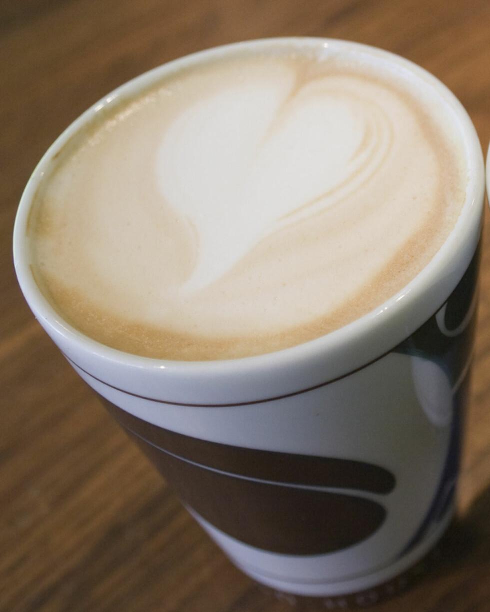 En hvit sjokolademokka med krem på Starbucks inneholder hele 628 kalorier. Illustrasjonsfoto: colourbox.com Foto: Illustrasjonsfoto: colourbox.c