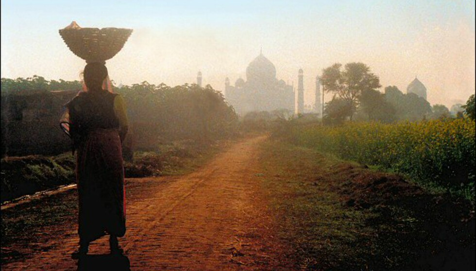 Taj Mahal fra et ikke så spektakulært perspektiv. Foto: Vibeke Montero