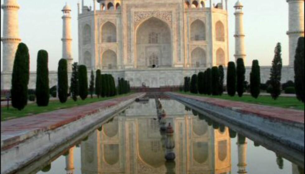 Taj Mahal i soloppgang er selveste symbolet på kjærlighet. Foto: Vibeke Montero