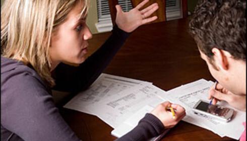 Britiske kvinner bruker hele fem år lenger på betale ned studielånet enn britiske menn. Illustrasjonsfoto: InkkStudios/iStock