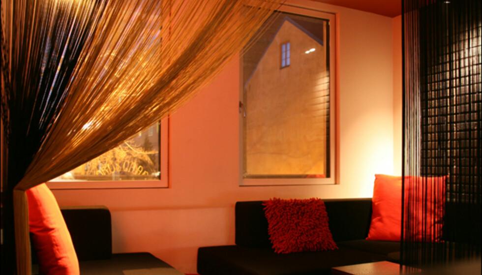 Koselig sofakrok i suiten.  Foto: Kim Jansson