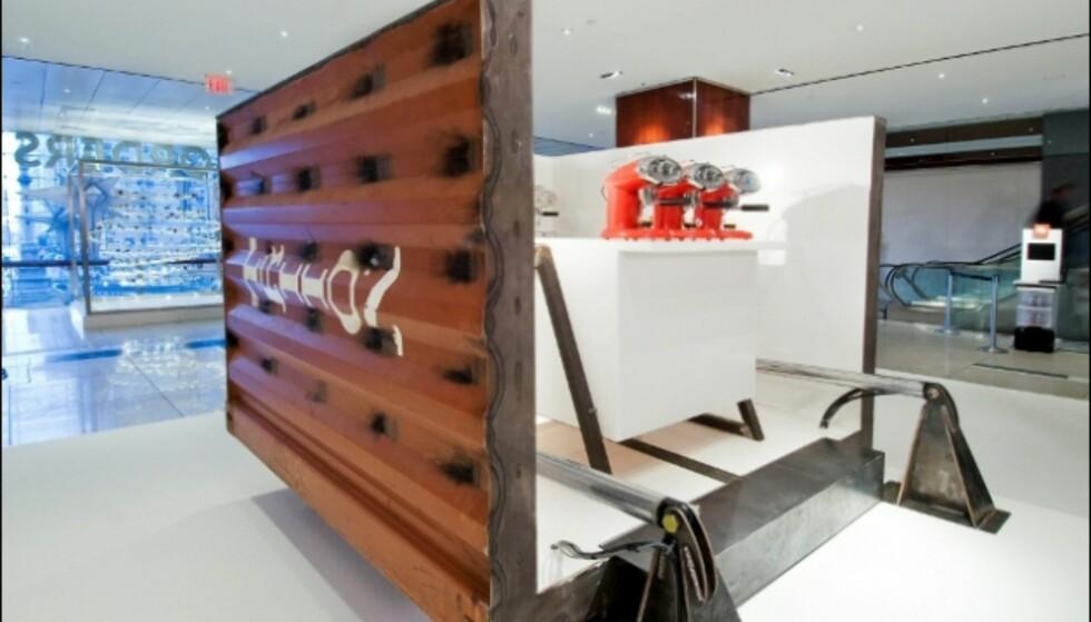 Her er kjøkkendelen, parat med nye kaffemaskiner. Foto: Evan Sung Foto: Illy/Evan Sung.