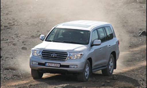 image: Ny Toyota Land Cruiser V8 priset