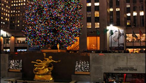 Tenningen av juletreet utenfor Rockefeller Center er et høydepunkt for mange i New York før jul.   Foto: Hans Kristian Krogh-Hanssen