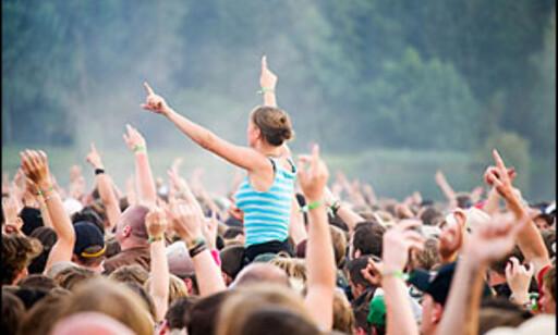 Kjøp billetter til sommerens festivaler nå, så slipper du unna svartebørshaiene. Illustrasjonsfoto: iStockphoto.com
