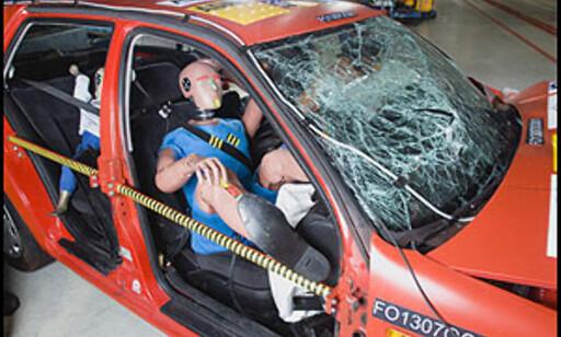 image: Hvilestilling i bilen dreper. Sjokkvideo!