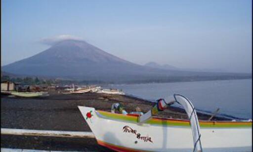 Utsikt mot Modervulkanen, Gunung Agung. Foto: Vidar Brotnov