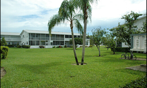 """En leilighet på 50 kvadrat i dette """"seniorområdet"""" i West Palm Beach koster kun 245 000 kroner..."""