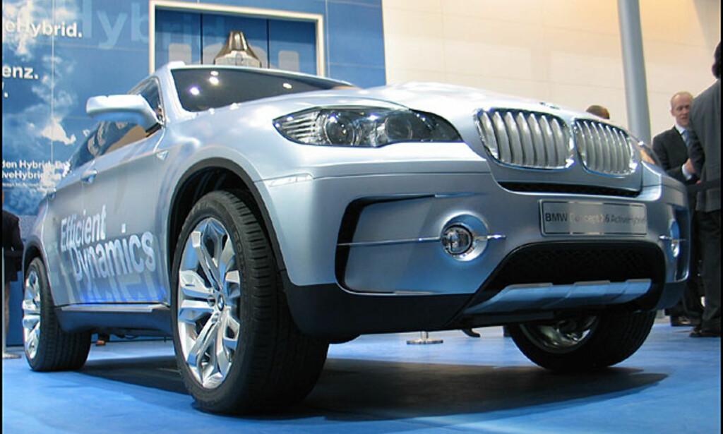 BMW X6 - her som hybridkonsept.