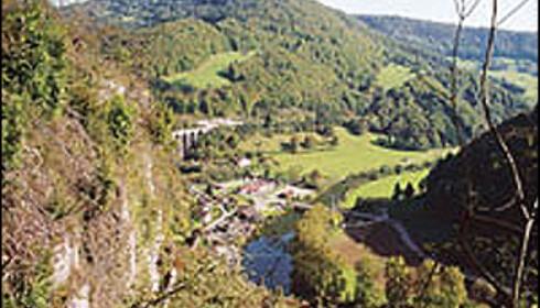 Landskapet i Juraregionen i Frankrike. Foto: www.juratourisme.ch