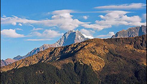 Toppen midt i bildet er Nilgiri som ligger like ved Jomsom.