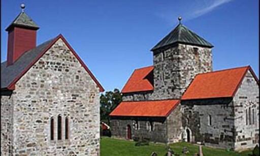 Søsterkirkene på Gran er av de mer seriøse innslagene i avstemmingen. Foto: Håvard Lund
