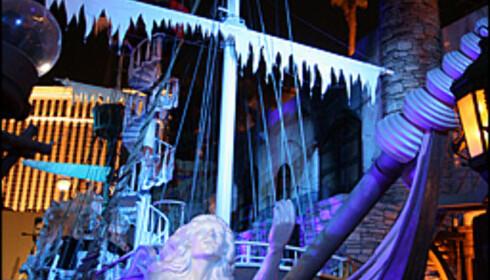 Treasure Island har sjørøvershow flere ganger hver kveld.
