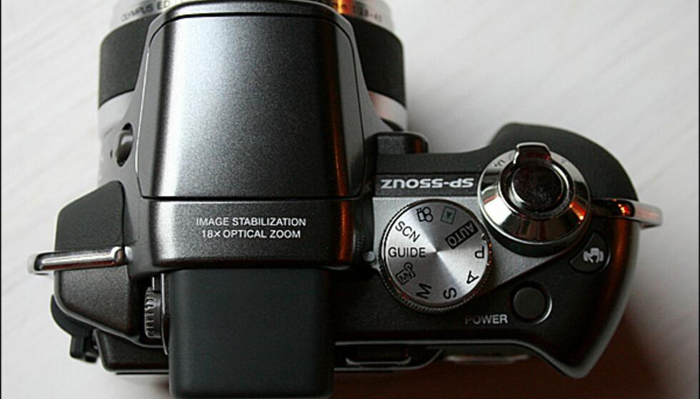 Olympus SP-550UZ