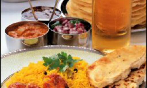Prøv en curry, oppfordrer Sharon. Foto: Britain on View