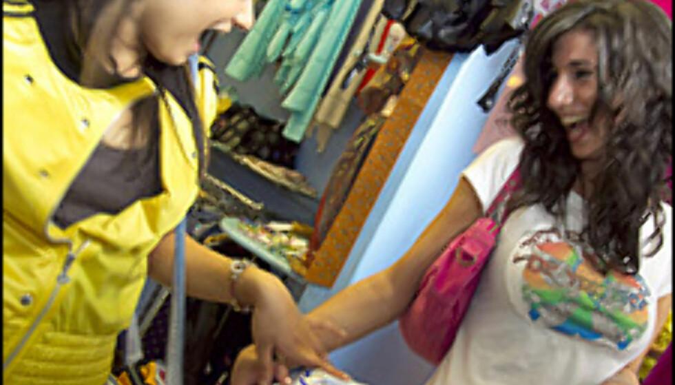 Gi mens du shopper? Forkastelig mener miljøvernerne. Foto: Britain on View