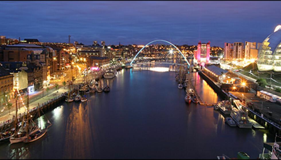 Flott utsikt mot Millennium Bridge. Til høyre Gateshead, til venstre Newcastle. Foto: Newcastle Document Services 365 Foto: Newcastle Document Services 365