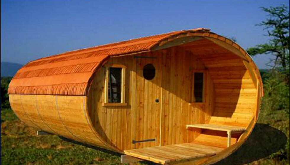 Denne badstuen i sibirsk lerk fra Aimport koster ca 85.000 kroner. Frakt kommer i tillegg.  Foto: Aimport. Foto: aimport